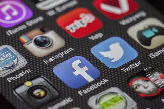 פייסבוק בקידום אתרים בגוגל בחינם